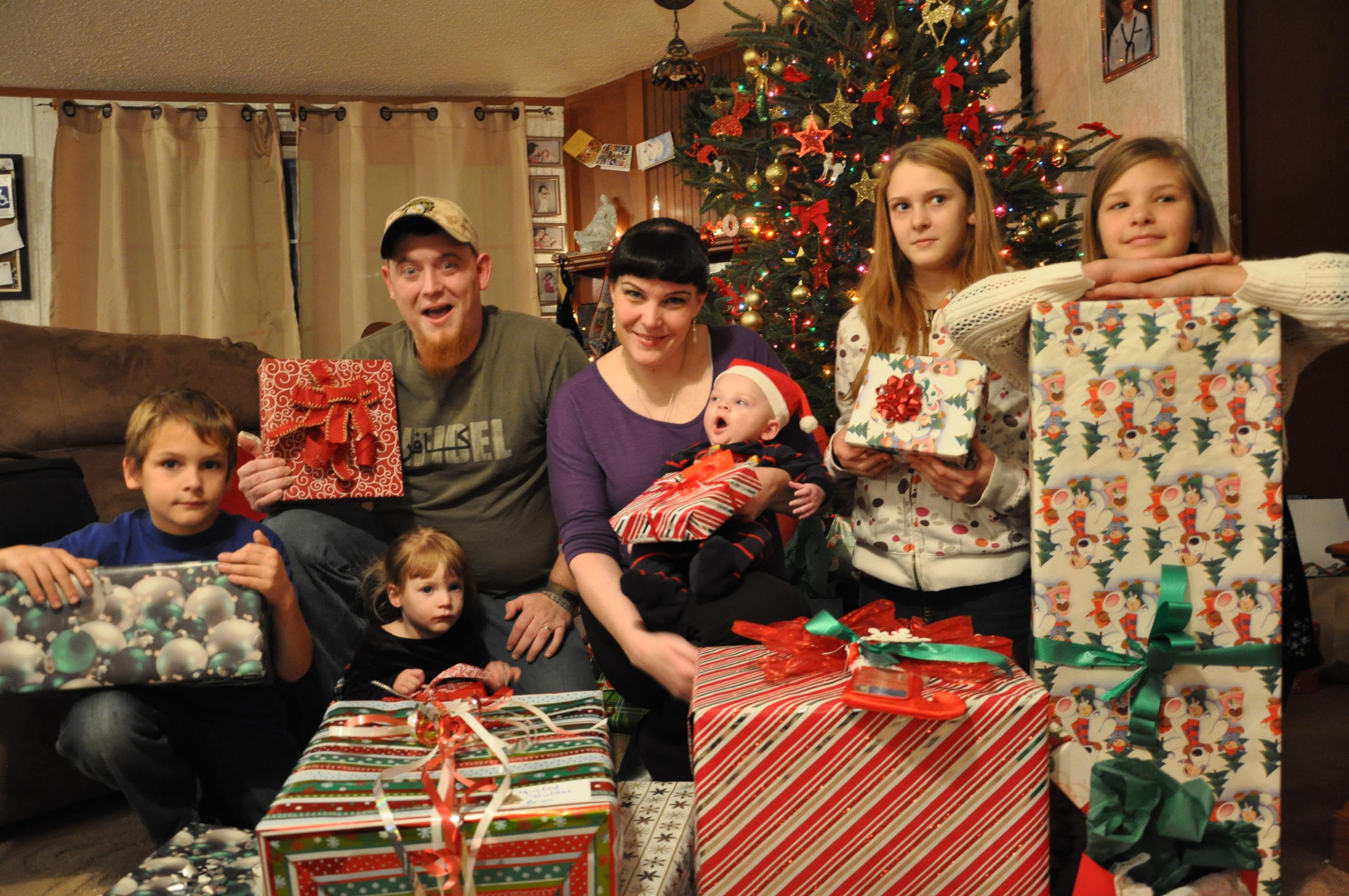PresentsforPatriots2012_3