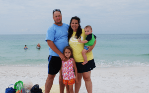 Deane and Stacy Messex with their children at the beach during a Freedom Alliance Heroes Retreat